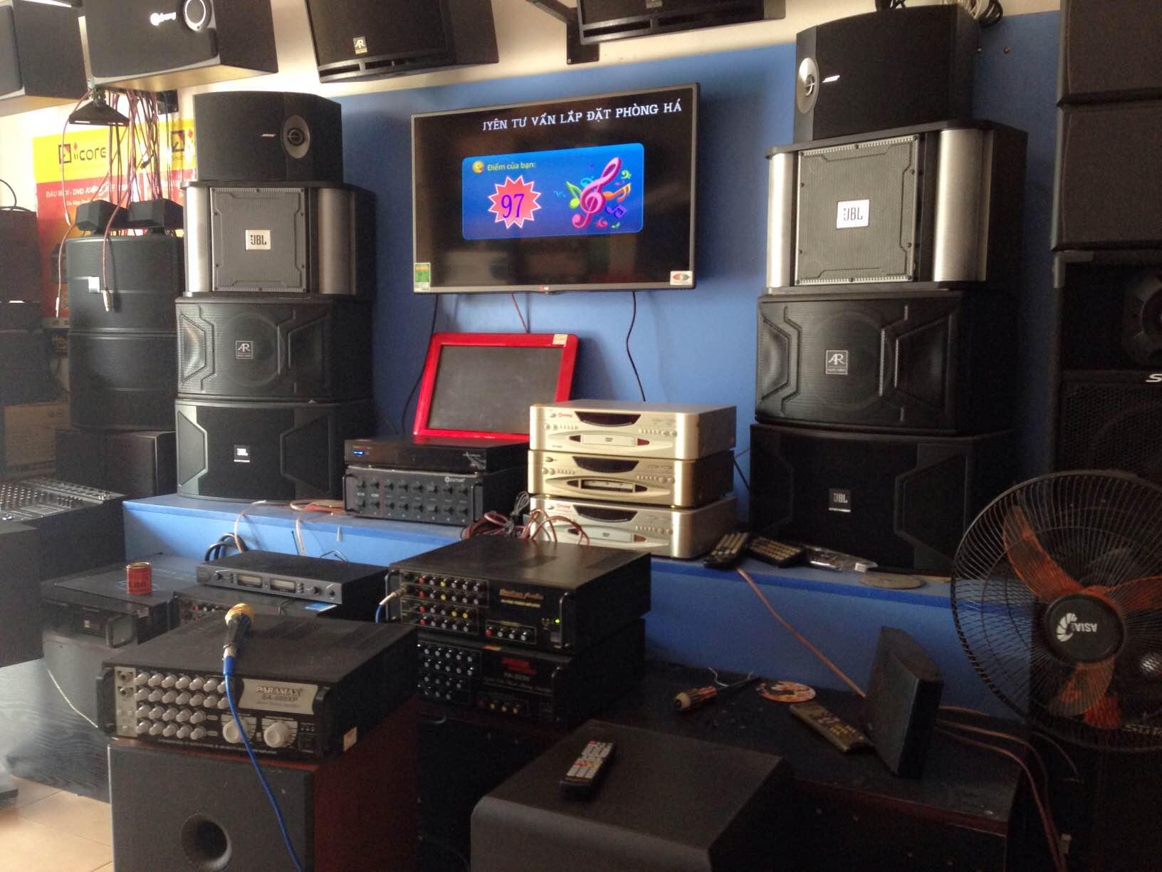 Showroom bán  Loa BMB CSX 850SE  nhập khẩu
