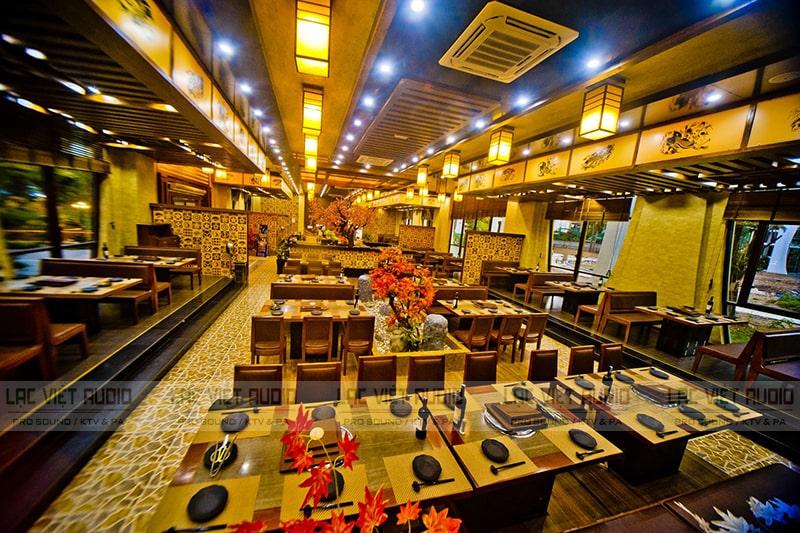 Lắp loa âm trần 6W cho không gian rộng như các nhà hàng lớn